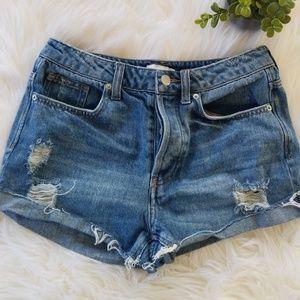 H&M distressed denim shorts 6